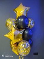 Композиция №415 из черных шаров , золотых фольгированных звёзд и конфетти
